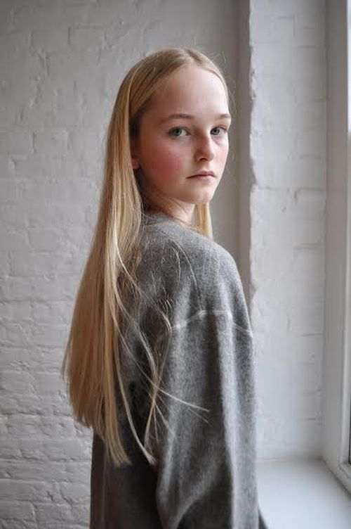 Lady Jean Campbell Is The Next Top British Model: Classify A Blonde Model Of Scottish Aristocracy & Nobility