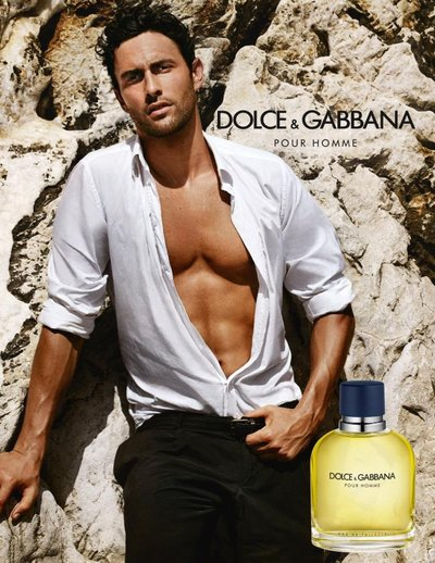 Noah Mills - Ph: Mario Testino for Dolce Gabbana Pour Homme Fragrance 2012