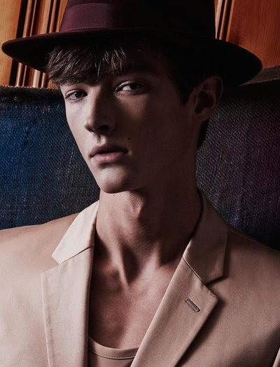 Abel Van Oeveren - Ph: Daniel Clavero for Manifesto 2015
