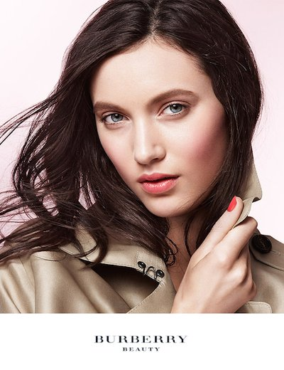 Matilda Lowther - Ph: Daniel Jackson for Burberry Beauty 2014