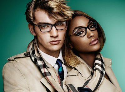 Jourdan Dunn - Ph: Mario Testino for Burberry S/S 15