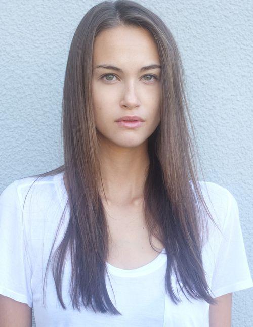 712e0f7afb8 Sarah English - Model Profile - Photos   latest news
