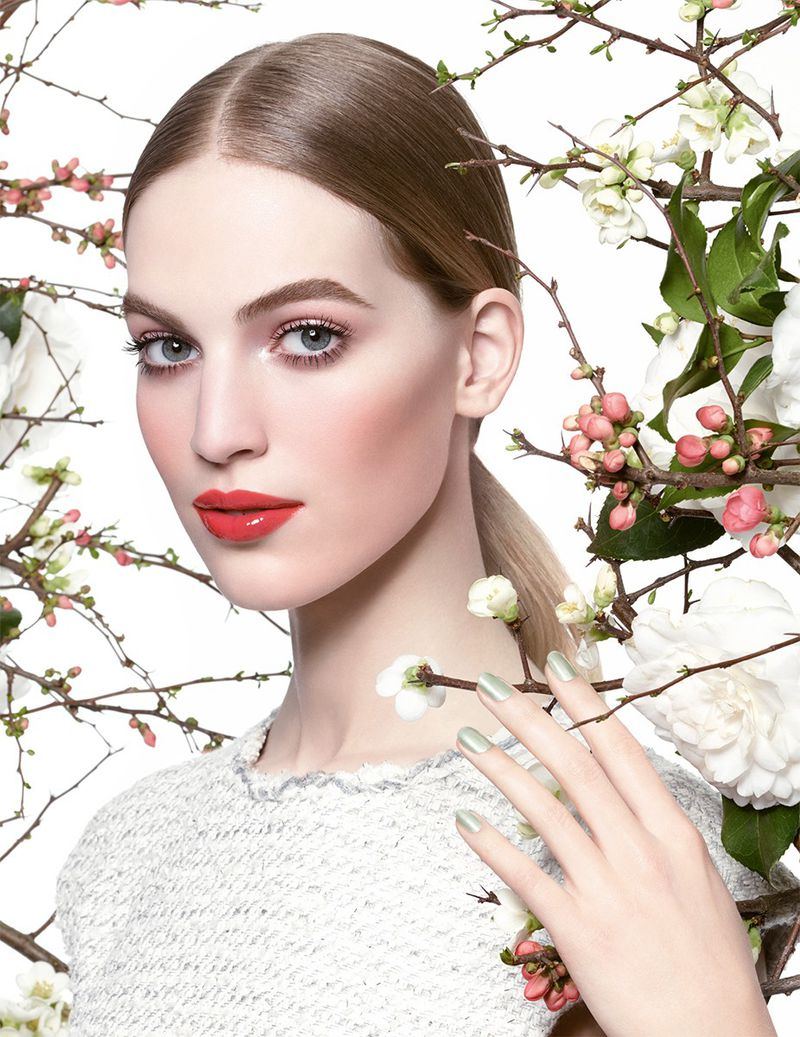 CHANEL Spring 2015 Make Up Collection (Chanel Beauty