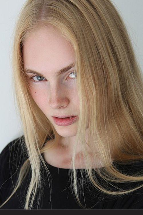 Julia Schneider images 34