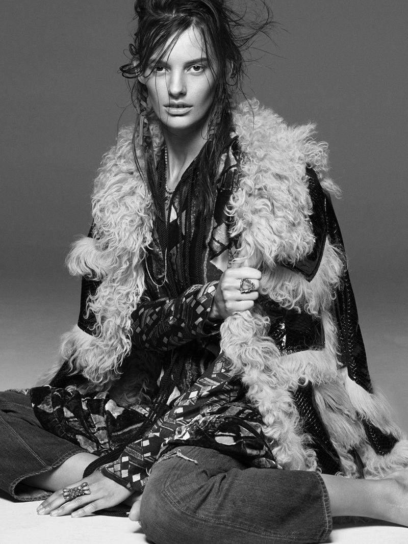 Vogue Australia photograp Greg Kadel, blog jewelry mixzoom.com