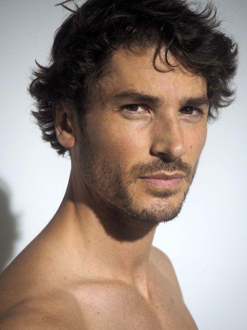 tom james - model profile