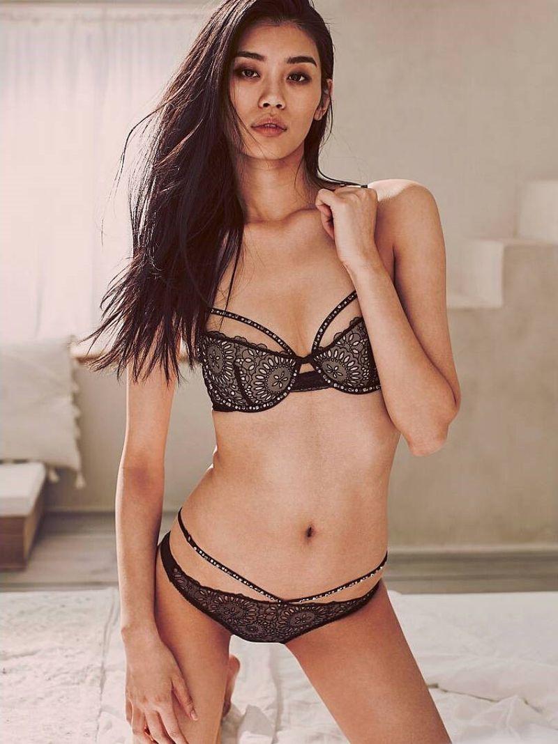 Asian cam dating girl online web