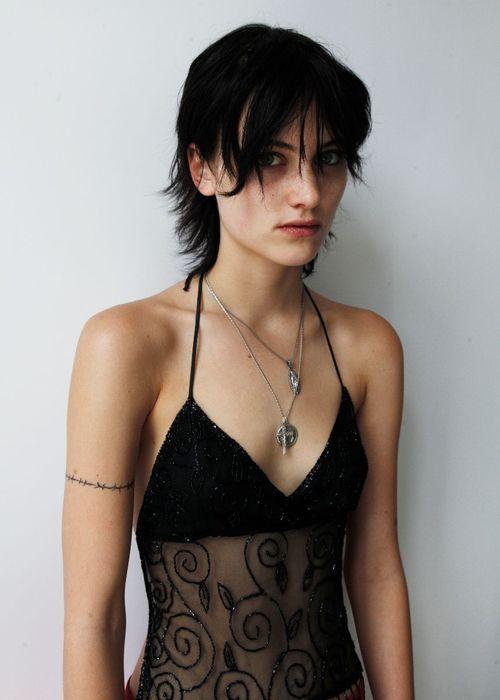 5332969ebce Sarah Brown - Model Profile - Photos   latest news