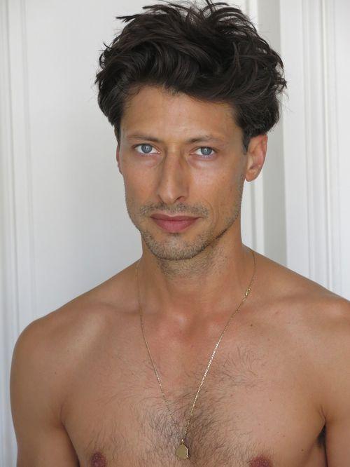 Jonas Mason Model Profile Photos Latest News