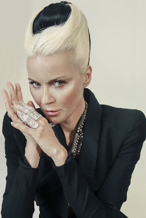 Hacked Daphne Guinness  naked (51 foto), Snapchat, braless