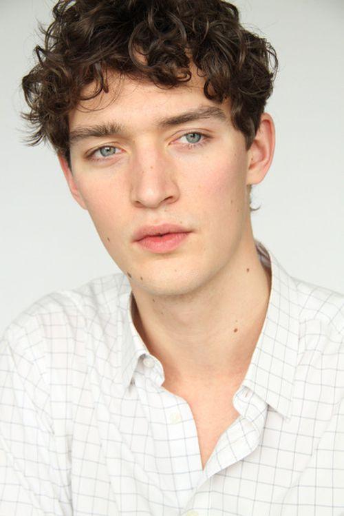 Otto Lotz Model Profile Photos Latest News