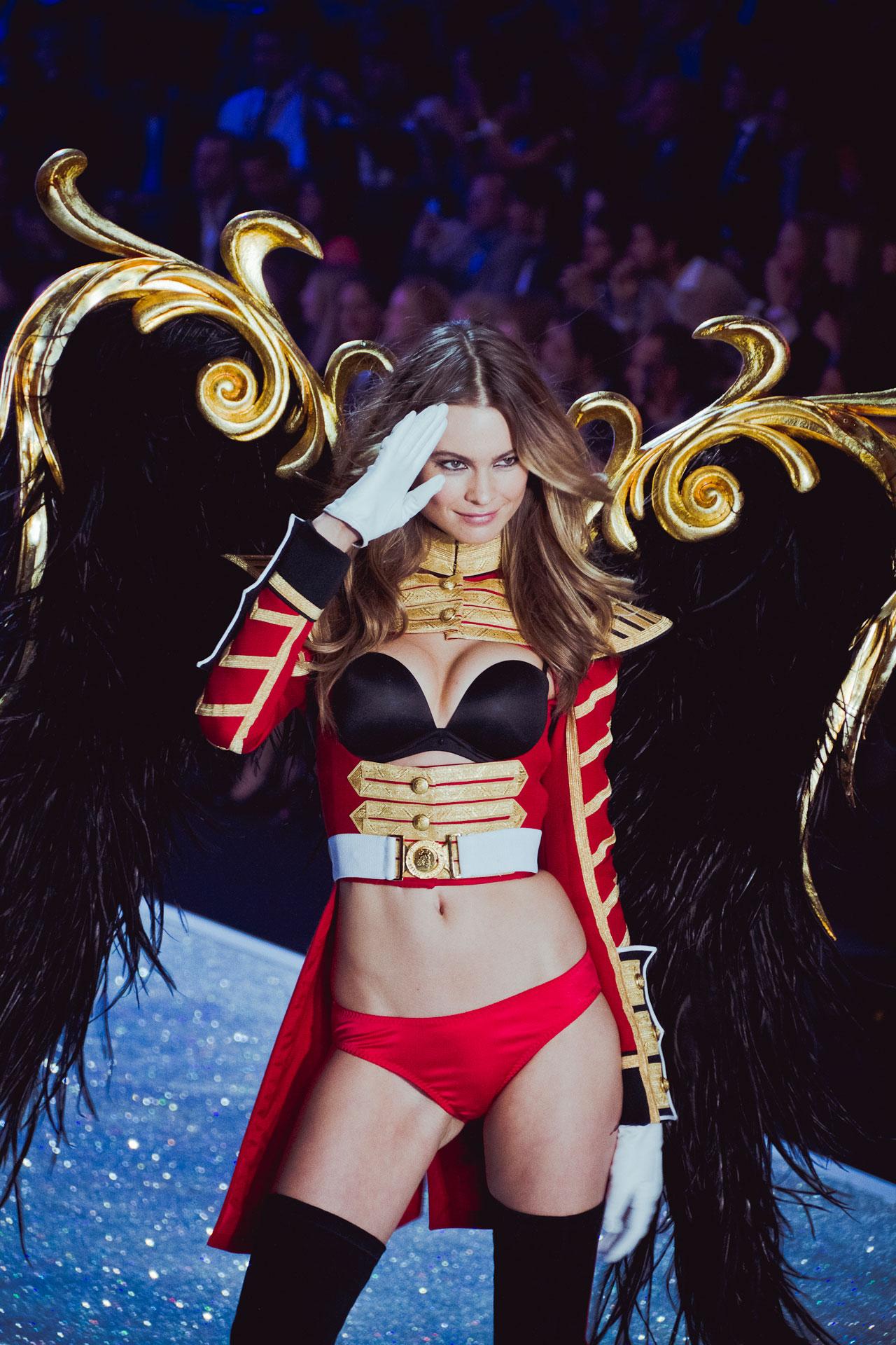 ангелы виктория сикрет 2013