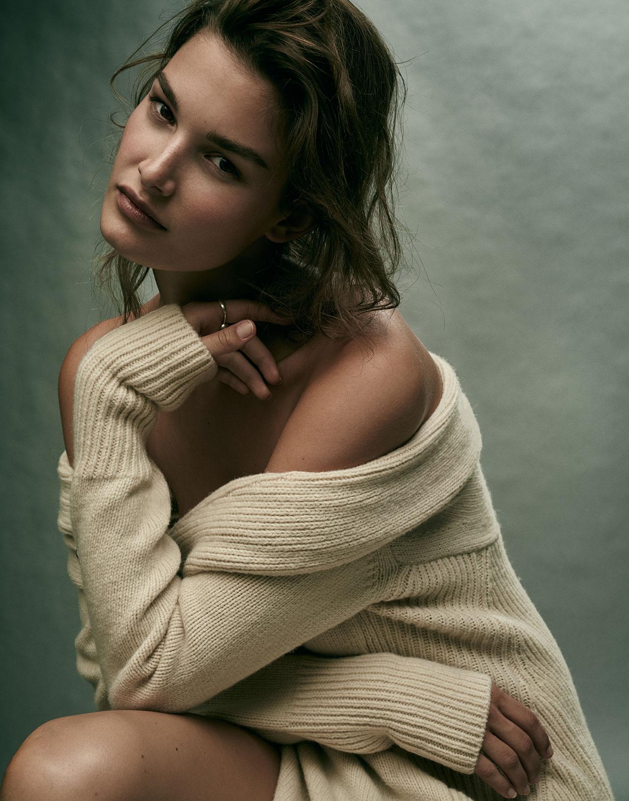 Models com Nude Photos 79