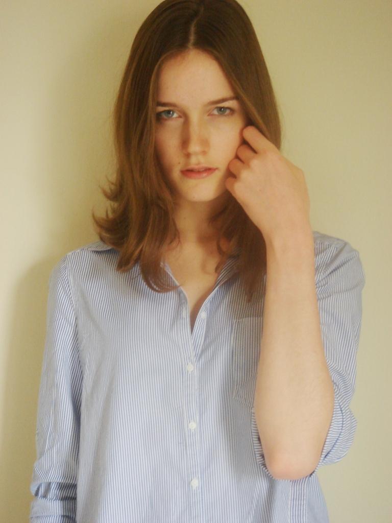 Laura S. - NEWfaces