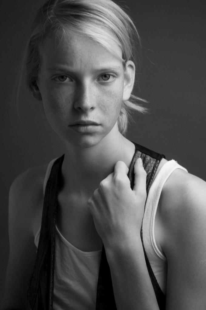Laura M. - NEWfaces