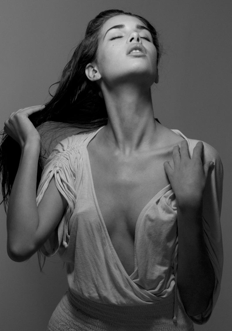 Young Zoi Mantzakanis nude photos 2019