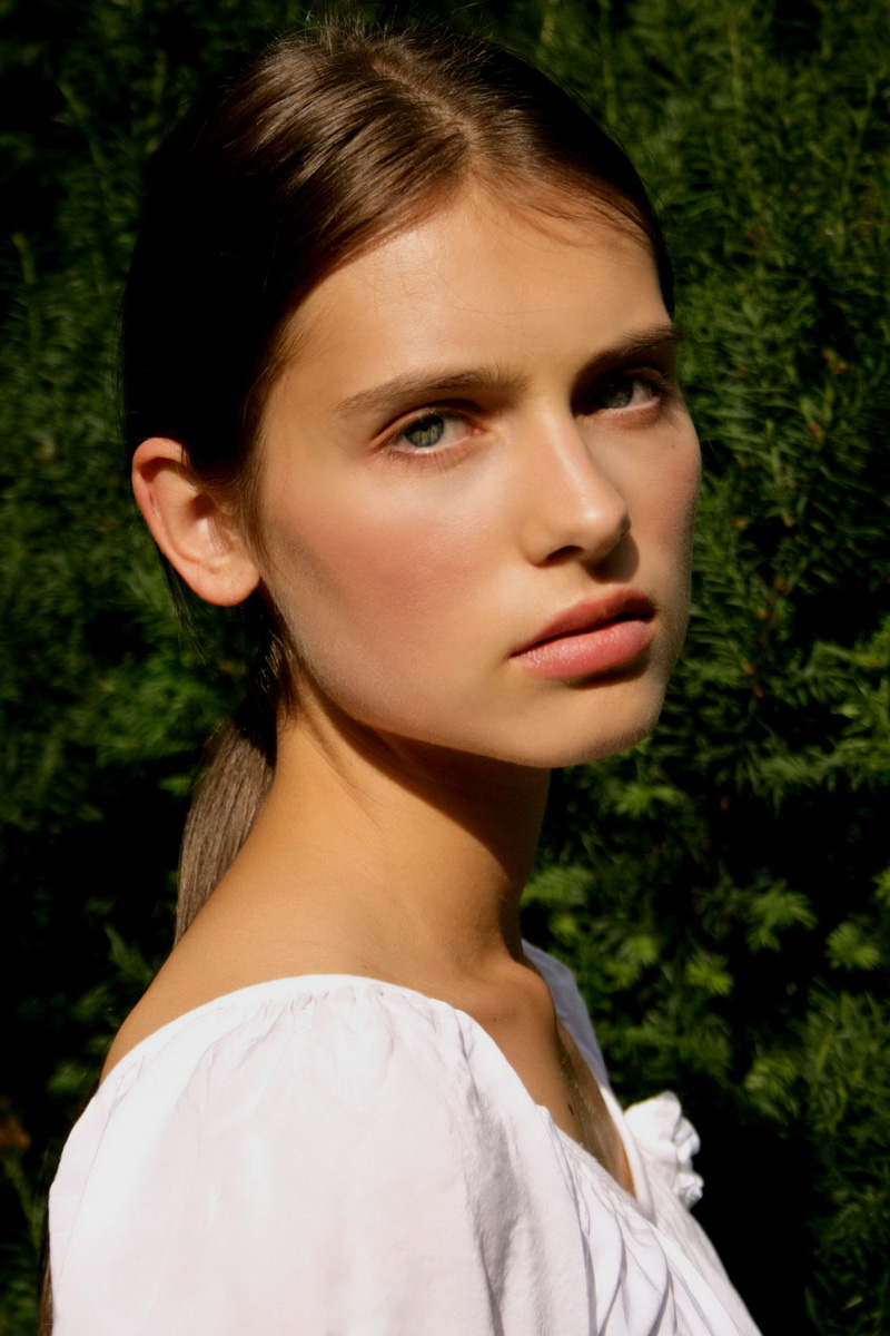 Romana / image courtesy Exit Model Management  (1)