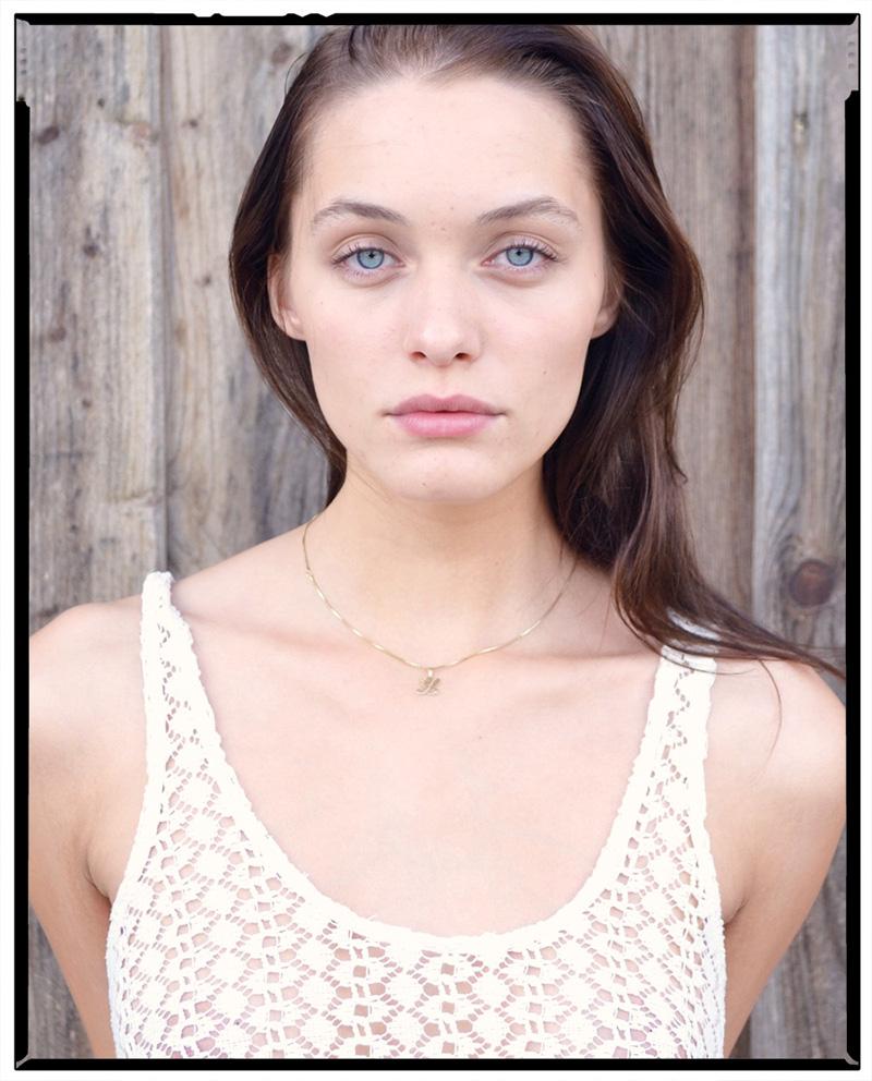 Leoni / Model Management (4)
