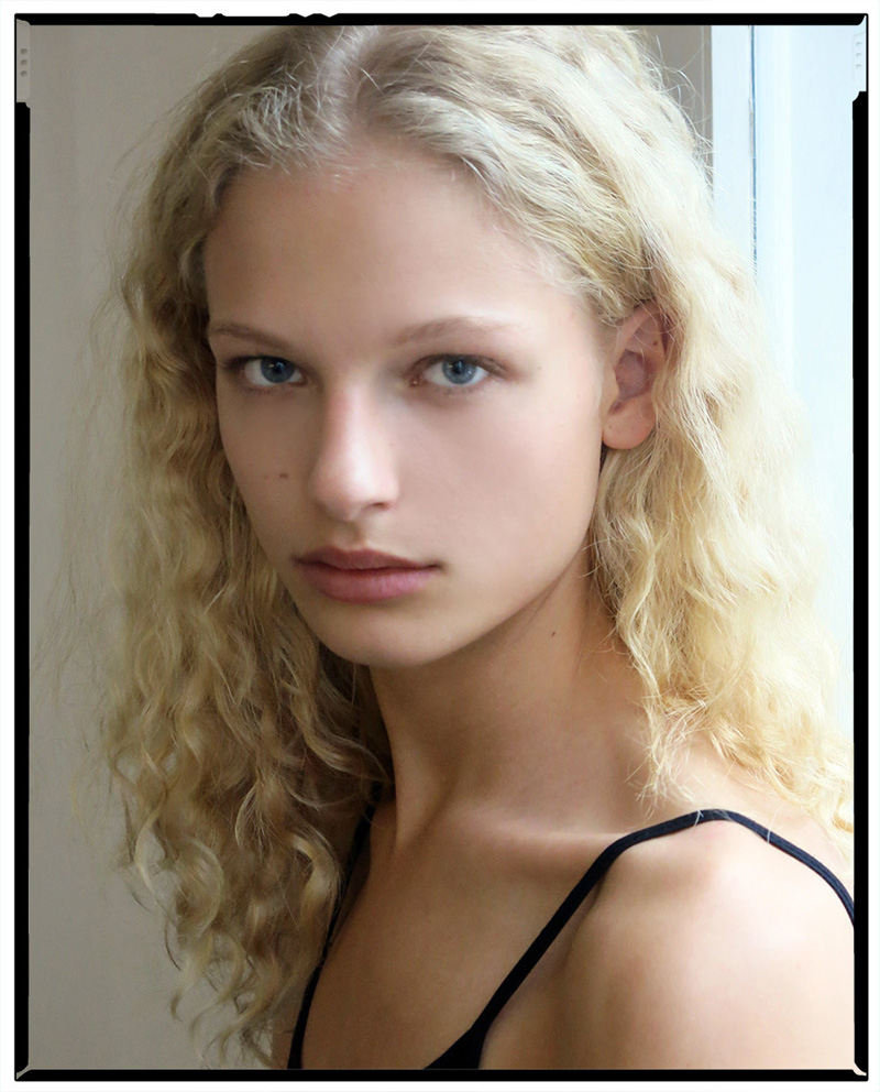 Frederikke Sofie nude (75 photos), Tits, Cleavage, Twitter, braless 2006