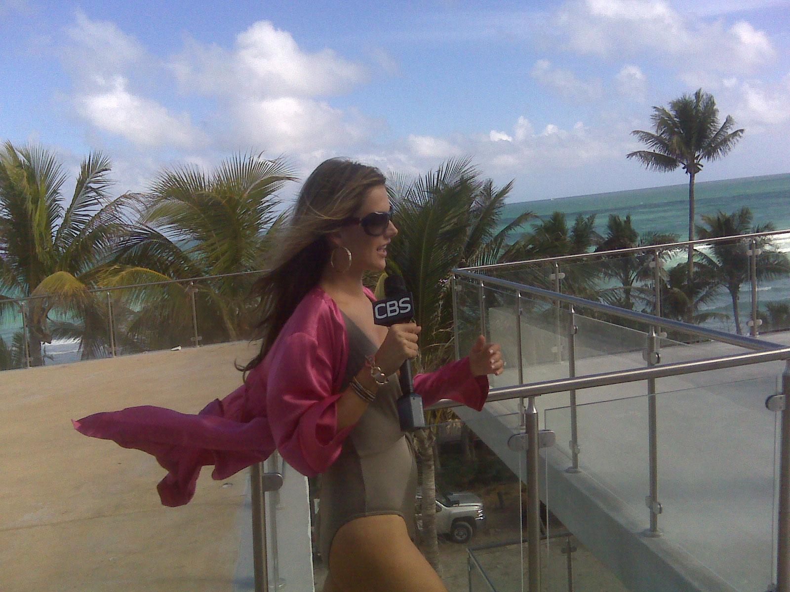 Angel Alessandra kicks off the fabulous VS extravaganza (pic: Richard)