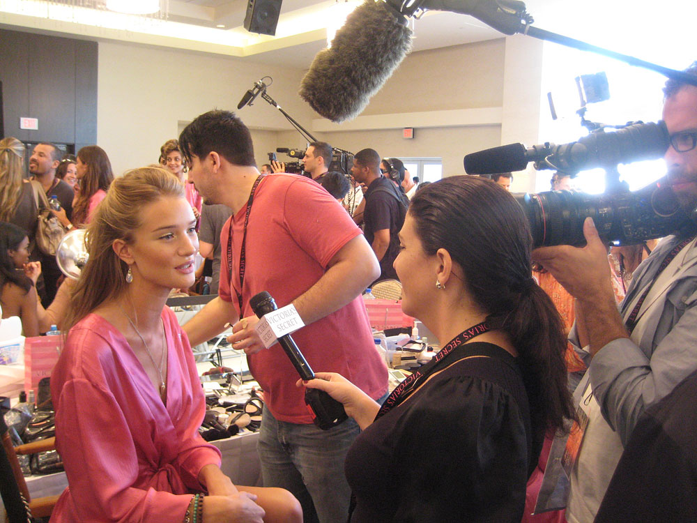 Rosie, calm amidst the madness of VS backstage. (pic: Matt)