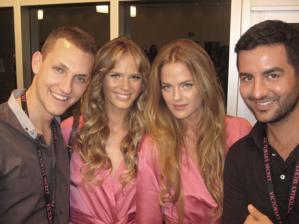 The very handsome Women agents Matt and Ali with their beauties Anne and Shannan. (pic courtesy of Matt)