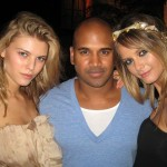 Maryna Linchuk and Flavia Oliveira surround Kannon
