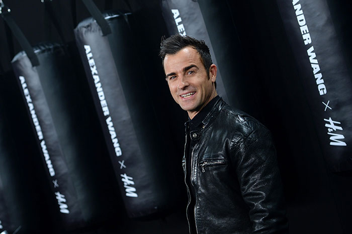 [90986]justin-theroux-red-carpet-1
