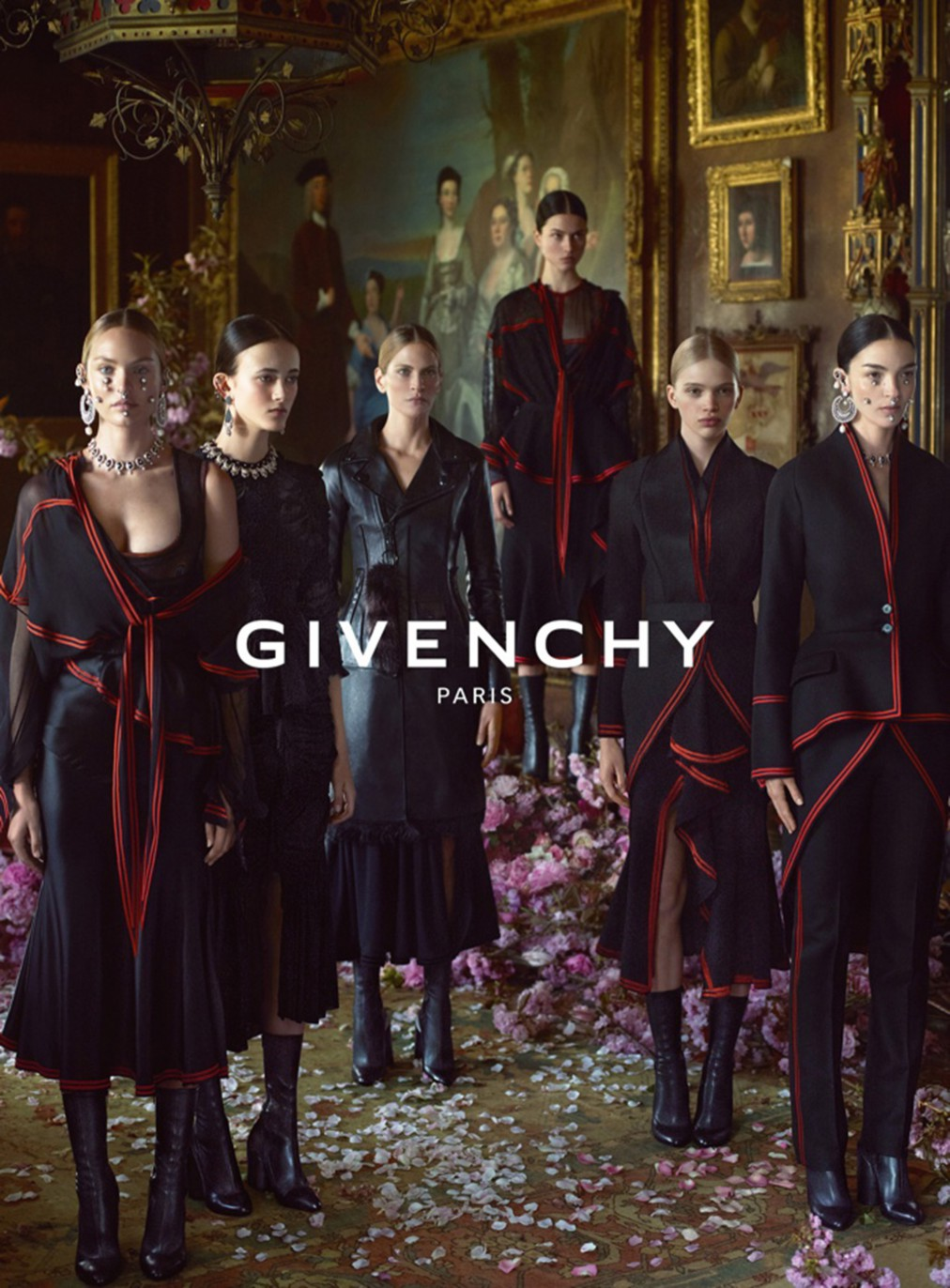 Givenchy-2015-Fall-Winter-Campaign02