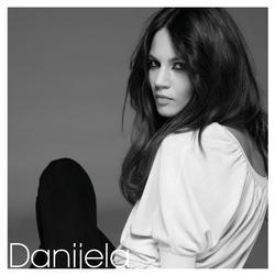 DaniejlaFront-1-copy