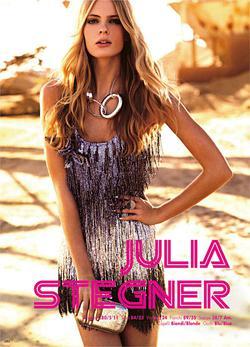 Julia Stegner1