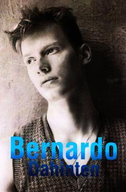 Bernardo_Dahinten