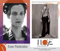 EvanPankratov   4498384