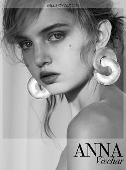 Anna 1   38291454