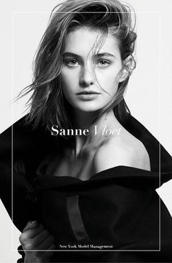 Sanne Vloet   55043297