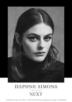 Daphne Simons   27266580