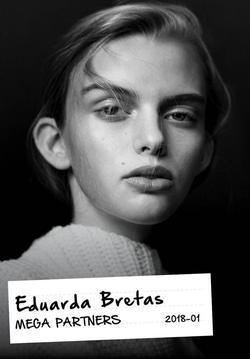 Eduarda Bretas   58457611