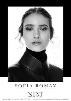 Sofia Romay   38448908
