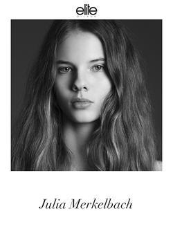 Julia Merkelbach   87158537