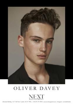 Oliver Davey   37713460