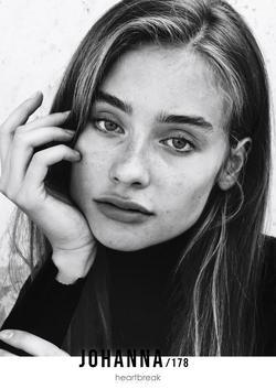 Johanna Didenko   43248533