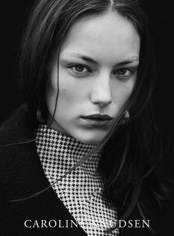Caroline Knudsen   2213515