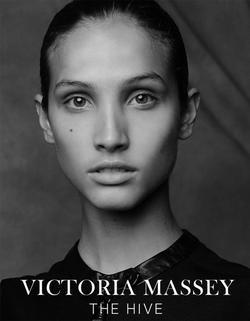 VICTORIA MASSEY FRONT   99985449