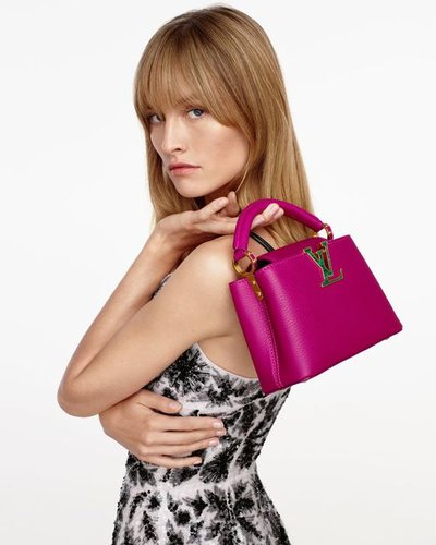 Klara Kristin - Ph: Julien Martinez Leclerc for Louis Vuitton Holiday 2020