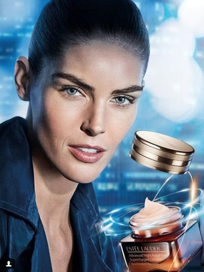 Hilary Rhoda - Photo: for Estee Lauder 2018