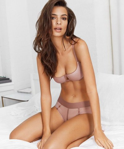 Emily Ratajkowski - Ph. Patrick Demarchelier for DKNY Intimates Spring 2018