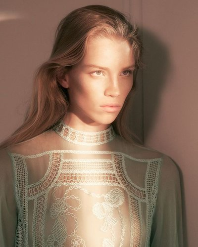 Rebecca Leigh Longendyke - Ph: David Sims for Alberta Ferretti S/S 19